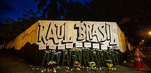 Homenagem às vítimas de Suzano