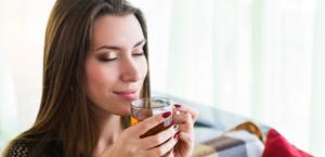 Relax! Qual é o chá ideal para cada signo em momentos conturbados?