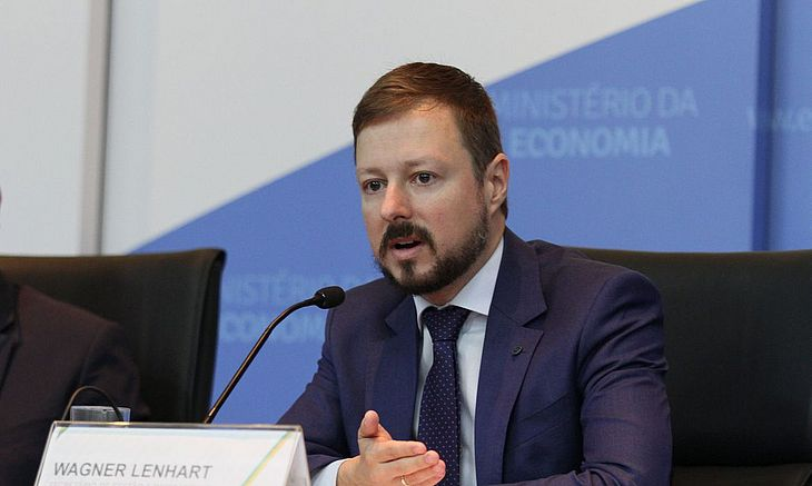 Secretário Wagner Lenhart