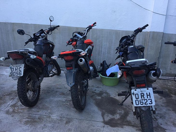 Motos apreendidas no desmanche foram levadas à Central de Flagrantes