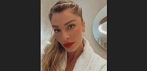 """Grazi Massafera nega pedido de foto a fã em shopping e desabafa: """"Não estou bem"""""""