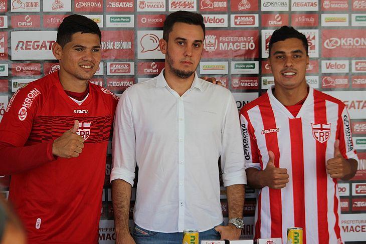 Léo Ceará (esquerda), Thiago Paes e Alisson Farias