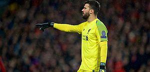Alisson valoriza empate do Liverpool em casa contra o Bayern