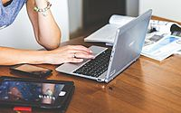 Veja as orientações de como utilizar a energia de forma segura no home office