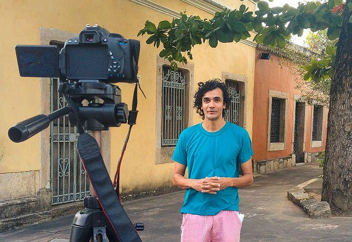 Otávio Bastos lança um programa por semana, com duração máxima de dez minutos.