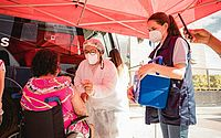 Ônibus da vacina chega ao bairro de Santa Lúcia neste sábado (12)