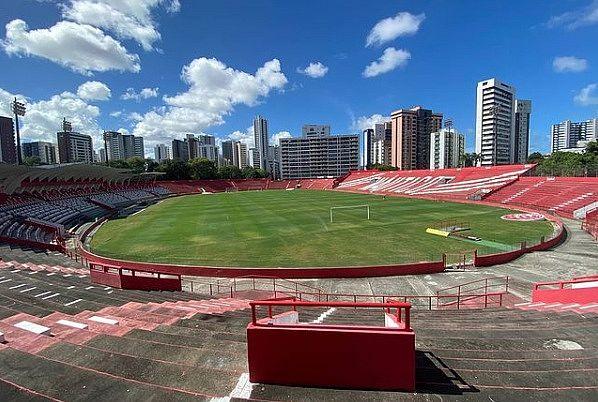 Estádio dos Aflitos é o palco da decisão para o CSA na noite de hoje