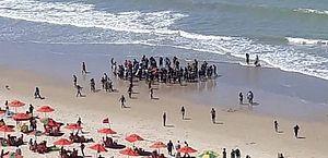 Vítima de ataque de tubarão ignorou três alertas de salva-vidas