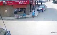 Vídeo: mãe e filho são atropelados por motorista embriagado no Cruzeiro do Sul