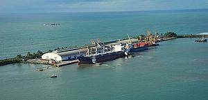 Barco pesqueiro com cinco tripulantes no sul da Bahia segue sem ser localizado