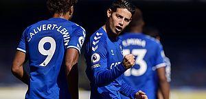 James Rodriguez e Richarlison brilham e Everton goleia no Campeonato Inglês
