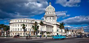 Cuba proíbe moradores de deixarem o país e isola turistas