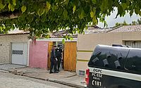 Suspeito de tráfico é preso com documento falso e uniformes da PM