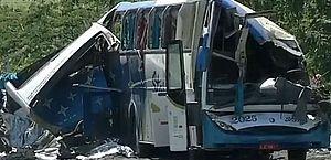 Colisão no interior de SP entra para a história como uma das maiores tragédias rodoviárias do país