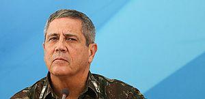 Poderes buscam limitar influência militar na política após Braga Netto defender voto impresso