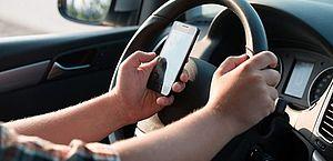 Uso do celular está entre as infrações mais cometidas pelos motoristas