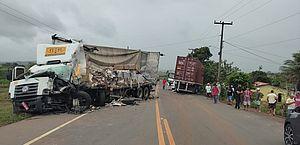 Vídeo: acidente entre carreta e caminhão deixa um ferido na AL-110, em Taquarana