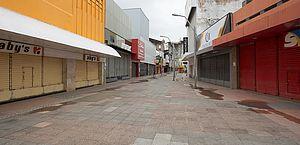 Centro de Maceió reabre na sexta com metade das lojas e horário diferenciado