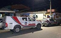 Grupo invade empresa e rouba aparelhos, revólver e mais de R$ 2 mil de segurança