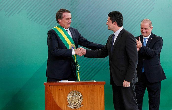 Bolsonaro durante a posse de Moro como ministro, no início deste ano