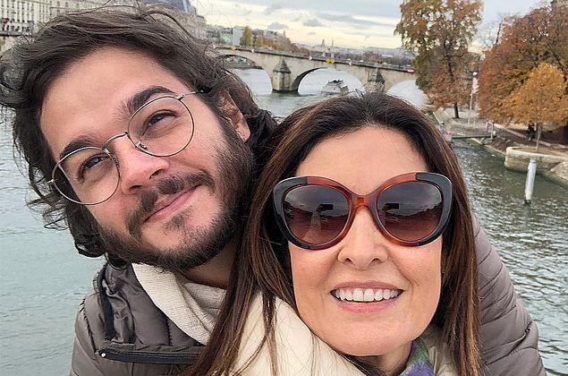 Após 'longas férias', Fátima Bernardes e Túlio Gadêlha se despedem de Paris