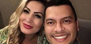"""Grávida, Andressa Urach anuncia fim do casamento: """"Não estou bem"""""""