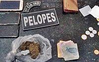Drogas e dinheiro foram apreendidos com grupo
