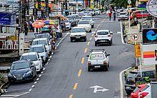 Rua Íris Alagoense, no Farol, foi recapeada e recebeu nova sinalização vertical e horizontal