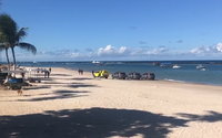 Operação retira banhistas da Praia do Francês por descumprimento de decreto; veja vídeos