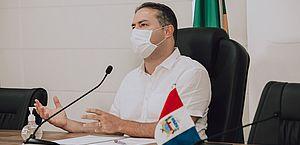 Vacinação em Alagoas começa às 8h desta terça-feira, diz Renan Filho