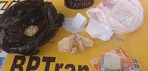 Drogas apreendidas com suspeito durante abordagem