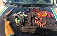 CE: adulto e dois adolescentes são detidos com armas de fogo e munições