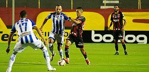 Com gol de Paulo Sérgio, CSA derrota o Vitória por 1 a 0 no Barradão