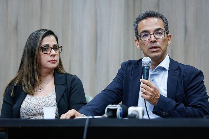 Reitor Henrique Costa e Vice-reitora Ilka Soares