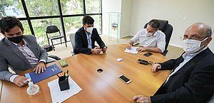 Governador assina ordem de serviço para recuperar AL-110, entre Penedo e São Sebastião